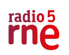 Radio 5 entre probetas JAL transgenicos