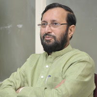 ministro indio Prakash Javadekar transgneicos
