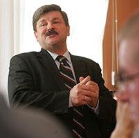 Jarosław Kalinowski ue omgs